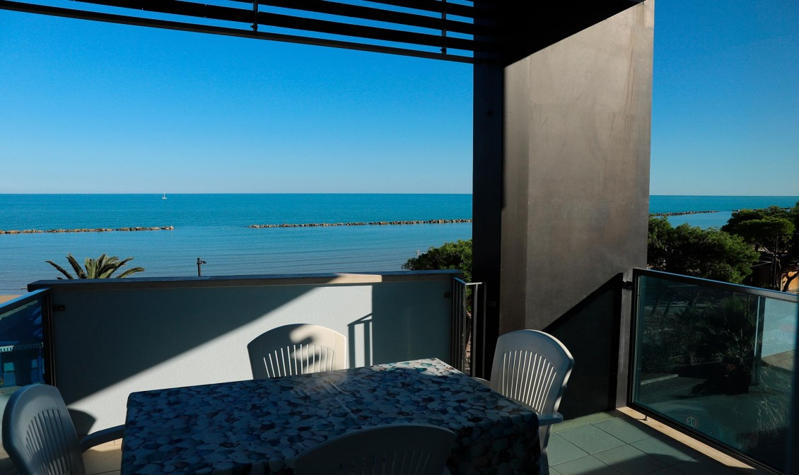 two-room apartment facing the sea Grottammare