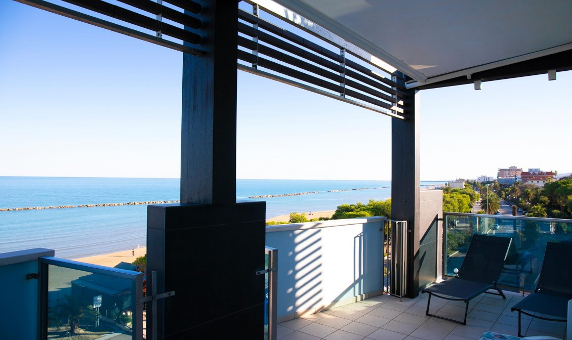 three-room apartment facing the sea Grottammare